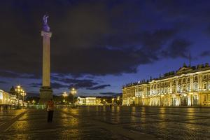 Palace Square, the Hermitage, Winter Palace, St. Petersburg, Russia by Gavin Hellier