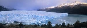 Perito Morento Glacier, Patagonia, Argentina by Gavin Hellier
