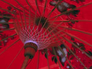 Red Umbrella, Chiang Mai, Northern Thailand by Gavin Hellier