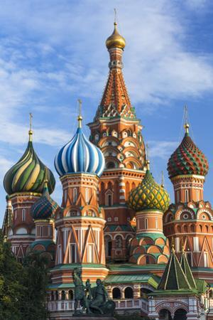 St. Basils Cathedral in Red Square, UNESCO World Heritage Site, Moscow, Russia, Europe by Gavin Hellier