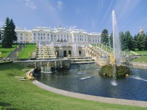 Summer Palace, Petrodvorets (Peterhof), Near St. Petersburg, Russia by Gavin Hellier