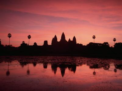 Sunrise at Angkor Wat, Siem Reap Province, Cambodia by Gavin Hellier