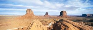 The Mittens, Navajo Tribal Park, Monument Valley, Arizona, United States of America, North America by Gavin Hellier