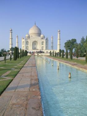 The Taj Mahal, Unesco World Heritage Site, Agra, Uttar Pradesh State, India by Gavin Hellier