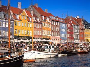 Waterfront District, Nyhavn, Copenhagen, Denmark, Scandinavia, Europe by Gavin Hellier
