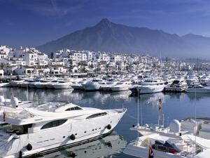 Yachts in Harbour, Puerto Banus, Marbella, Andalucia, Spain by Gavin Hellier
