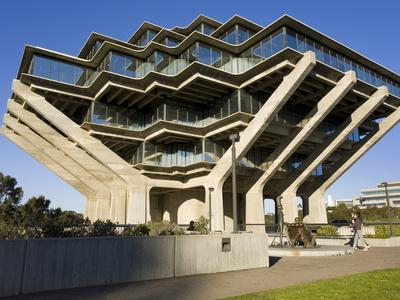 https://imgc.allpostersimages.com/img/posters/geisel-library-in-university-college-san-diego-la-jolla-california-usa_u-L-PFNYWI0.jpg?p=0