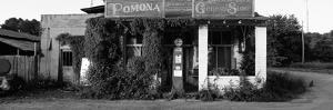 General Store, Pomona, Illinois, USA