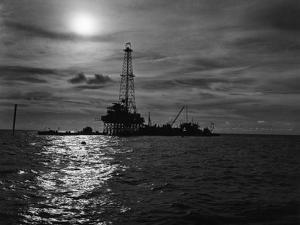 General View of Offshore Oilwell