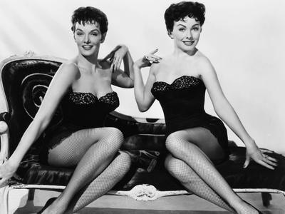 https://imgc.allpostersimages.com/img/posters/gentlemen-marry-brunettes-from-left-jane-russell-jeanne-crain-1955_u-L-PTA3RB0.jpg?p=0