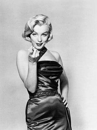 https://imgc.allpostersimages.com/img/posters/gentlemen-prefer-blondes-1953_u-L-Q10TSQY0.jpg?artPerspective=n