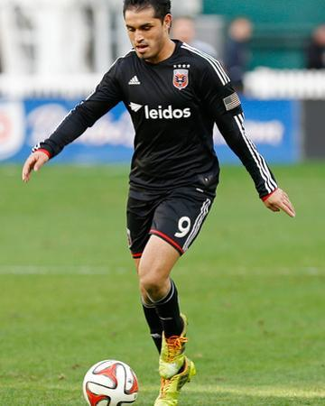 2014 MLS Playoffs: Nov 8, New York Red Bulls vs D.C. United - Fabian Espindola