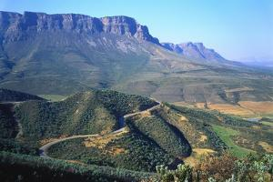 Uitkyk Pass, Ceres Valley, Western Cape, South Africa by Geoff Renner