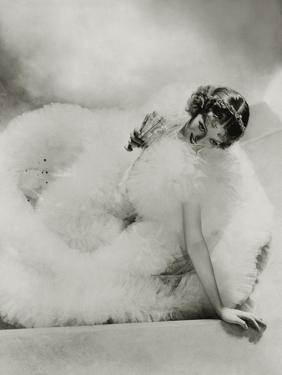 Vanity Fair - August 1934 by George Hoyningen-Huené