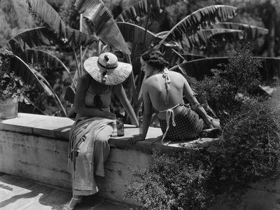 Vogue - July 1934 - Socialites Relax in California