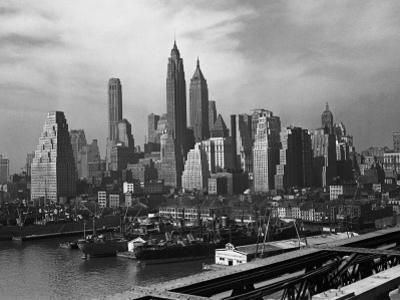 Manhattan Skyline, New York City by George Marks