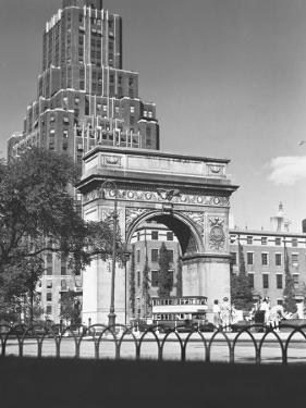 Washington Square Arch, New York City by George Marks