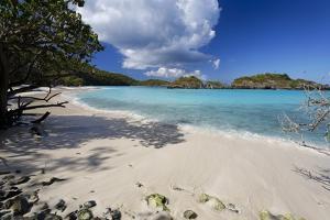 Quiet Beach, Trunk Bay, St John, Usvi by George Oze