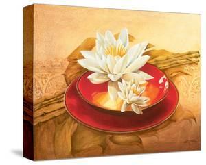 Glossy Bowl by Gerard Beauvoir