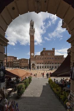 Europe, Italy, Tuscany, Siena, Piazza Del Campo by Gerhard Wild