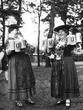 German Bar Maids