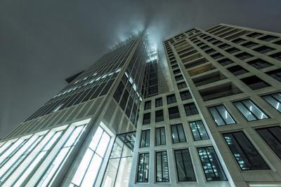 https://imgc.allpostersimages.com/img/posters/germany-hesse-frankfurt-on-the-main-taunusturm-in-fog_u-L-Q11YT4C0.jpg?artPerspective=n