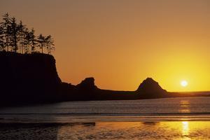 Sunset Beach State Park, Astoria, Oregon, USA by Gerry Reynolds