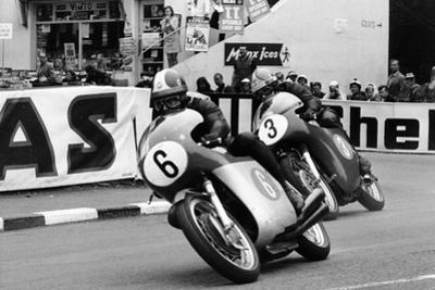 Giacomo Agostini on Bike Number 6, Tom Dickie on Bike Number 3, Isle of Man Junior TT, 1968