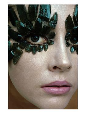Vogue - January 1968 - Emerald-Encrusted Eyes by Gianni Penati