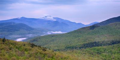 https://imgc.allpostersimages.com/img/posters/giant-mountain-from-owls-head-adirondack-park-new-york-state-usa_u-L-PSMHCO0.jpg?artPerspective=n