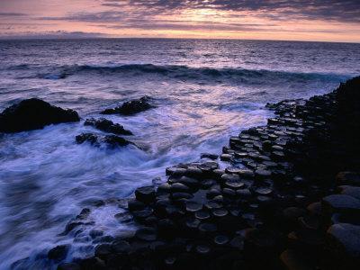 https://imgc.allpostersimages.com/img/posters/giants-causeway-ancient-rock-formation-antrim-northern-ireland_u-L-P3SC5T0.jpg?p=0