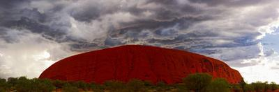 Light with Rain Storm, Uluru-Kata Tjuta Nat'l Park, UNESCO World Heritage Site, Australia