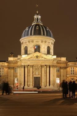 Institut de France, coupole, Academie Francaise, College des Quatre-Nations in Paris by Gilles Targat