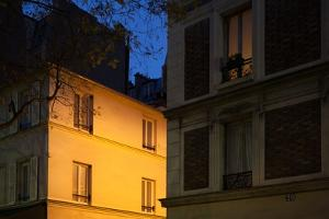 Place Denfert Rochereau in Paris at night (14th arrondissement). December 2012 by Gilles Targat