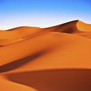 Sahara Desert Dune Nobody by Giorgio Fochesato