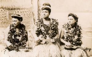 Girls with Ukuleles, Hawaii, Photo