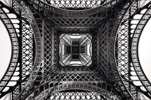 Eiffel II by Giuseppe Torre