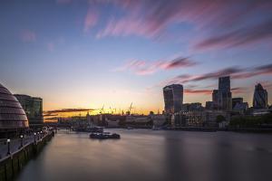 Thames by Giuseppe Torre