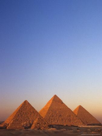 https://imgc.allpostersimages.com/img/posters/giza-pyramid-giza-plateau-old-kingdom-egypt_u-L-P582P00.jpg?p=0
