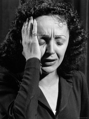 Edith Piaf by Gjon Mili