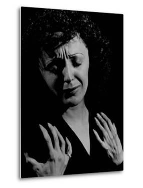 Edith Piaf by Gjon Mili