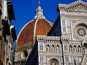 Looking Up at Duomo, Florence, Tuscany, Italy by Glenn Beanland