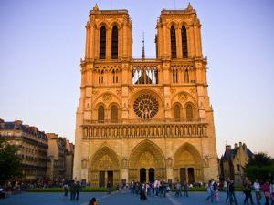 Notre Dame Cathedral at Dusk by Glenn Beanland