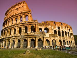 Visitors at the Colosseum by Glenn Beanland