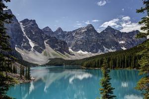 Lake Moraine by Glenn Ross Images