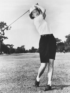 Gloria Fecht, Former Ice Follies Skater Became a Noted Golfer in the 1950s and 1960s