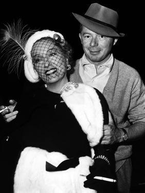 Gloria Swanson and Billy Wilder sur le plateau du film Boulevard du crepuscule (SUNSET BOULEVARD),