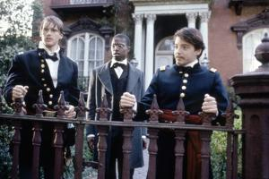 Glory (Pour la gloire) by EdwardZwick with Cary Elwes, Andre Braugher and Matthew Broderick., 1989
