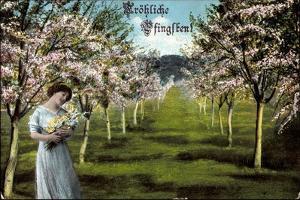 Glückwunsch Pfingsten, Frau Mit Blumen, Baumblüte