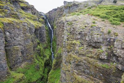 https://imgc.allpostersimages.com/img/posters/glymur-waterfall-iceland-s-tallest-at-198m-iceland-polar-regions_u-L-PNFQWW0.jpg?artPerspective=n